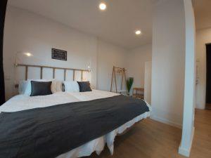 Apartamento 2 Acero y Piedra