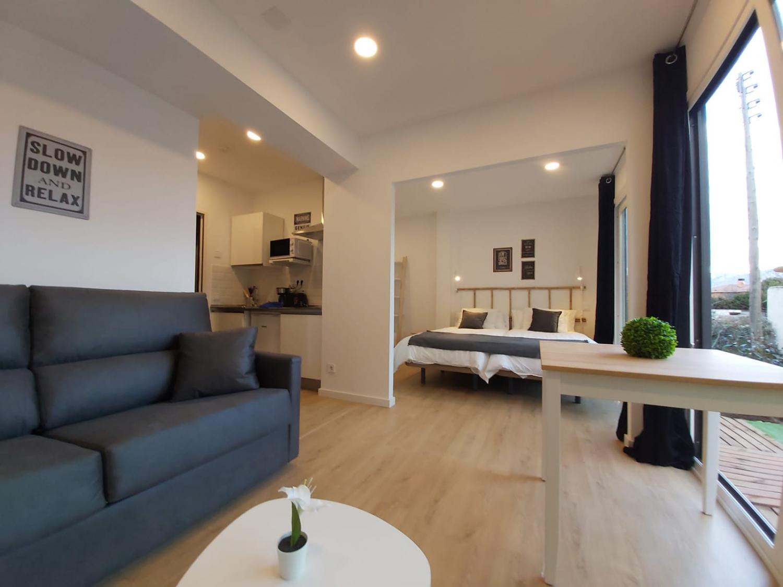 Apartamento 3 Acero y Piedra